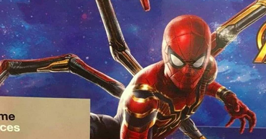 I'm confused.. in the movie are the arms all gold like above or do they match the suit's colours as seen in some promo art?
