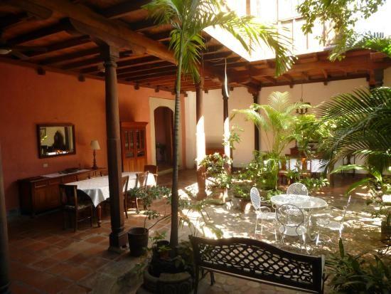 Patio interior mediterranean houses pinterest casa for Casas con patio interior