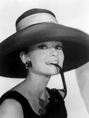 breakfast-at-tiffanys-audrey-hepburn
