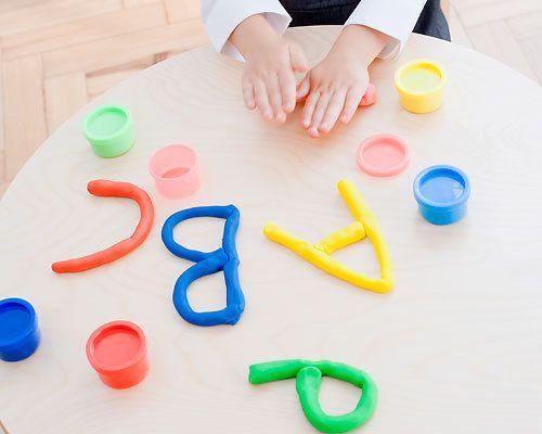 Resultado de imagen para Formar letras con plastilina