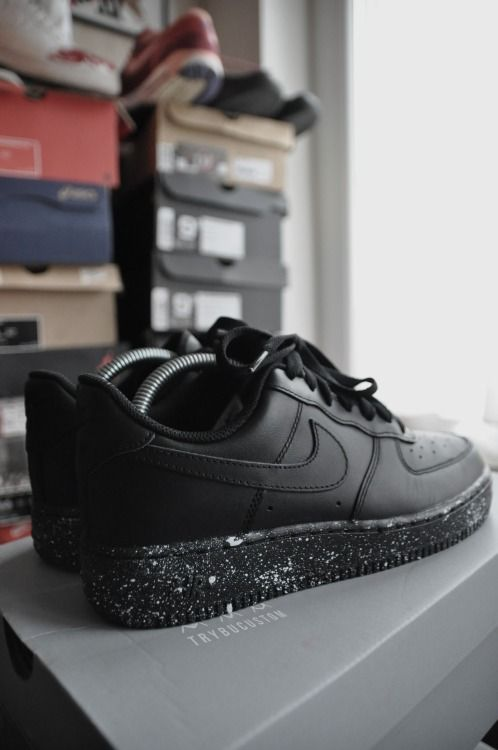 Black Nike Air Force 1, white speckles Simlpy things, add