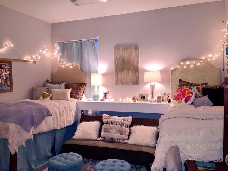 love the soft blue and neutral tones of this dorm room! ~ we ❤ this ...