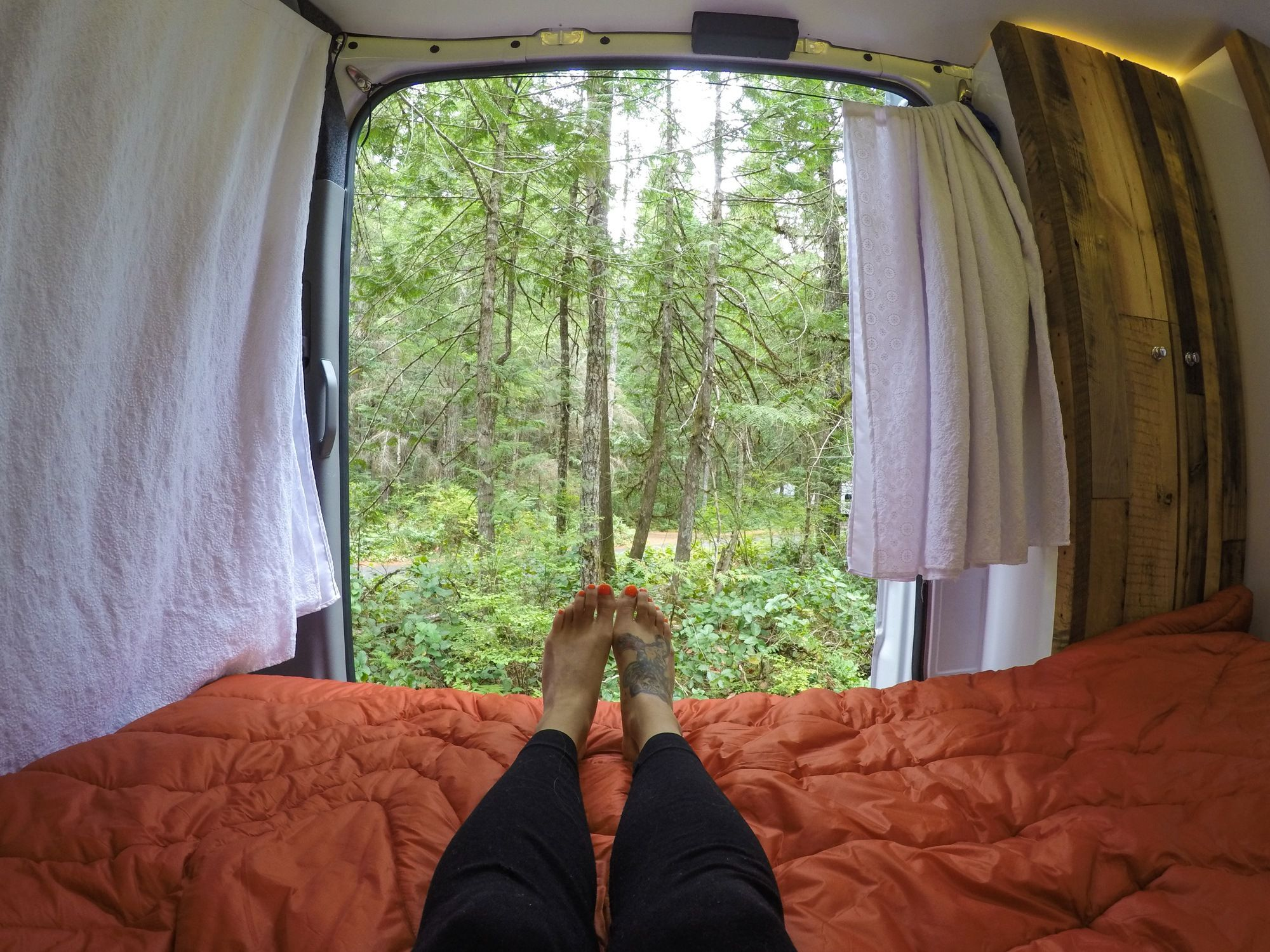 The Best Outdoor Gifts For Van Lifers