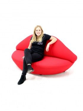 Red Lip Sofa