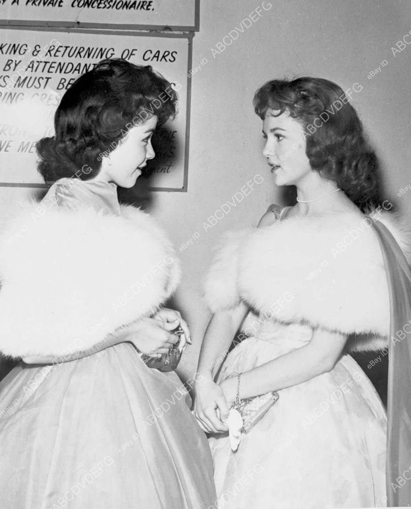Annette Funicello and Shelley Fabares