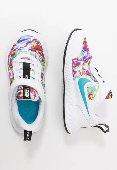 Artykuly Sportowe Dla Dzieci Odkryj Online W Zalando Kids Shoes Skechers Performance Neutral Running Shoes