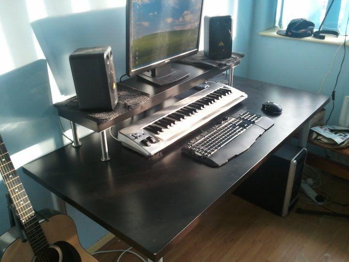 Cheapest home studio desk ever ikea hackers standing for Studio desk ikea