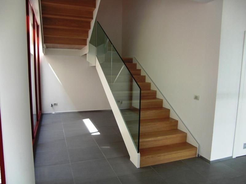 Risultati immagini per scale acciaio legno piene idee - Immagini scale in legno ...