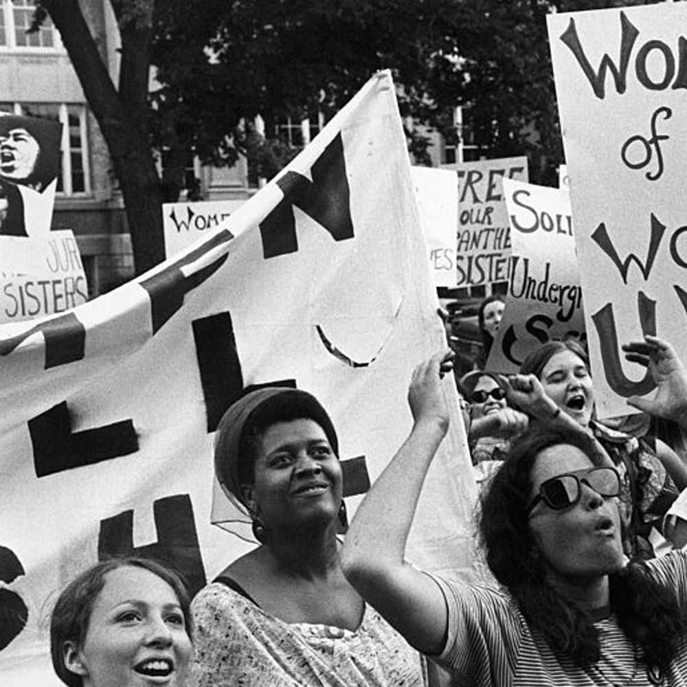37 Inspiring Photos Of Women Protesting For Equal Rights Photos Of Women Women In History Fearless Women