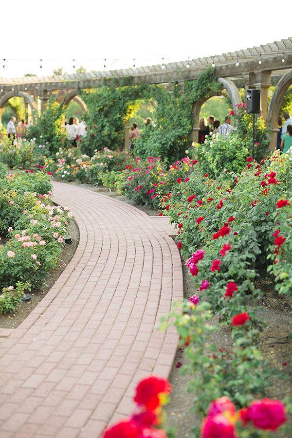 Thanksgiving point gardens | Locations, Sidewalk