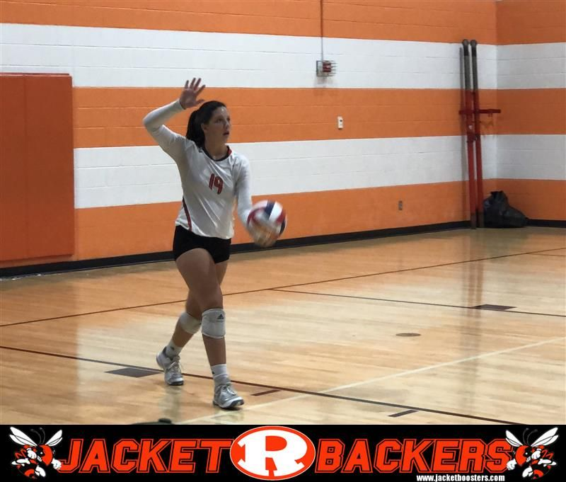 The Rockwall Lady Jackets 9th Grade Volleyball Team Defeats Lake Highlands In Tuesday S Night Matchup In Two Sets Volleyball Team Volleyball Jackets For Women