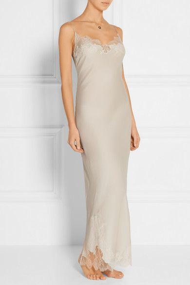 Carine Gilson   Lace-trimmed silk-satin nightdress   NET-A-PORTER.COM