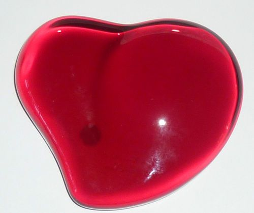 e2047a24c318 Tiffany & Co Elsa Peretti Red Heart Paperweight Made in Japan | eBay ...