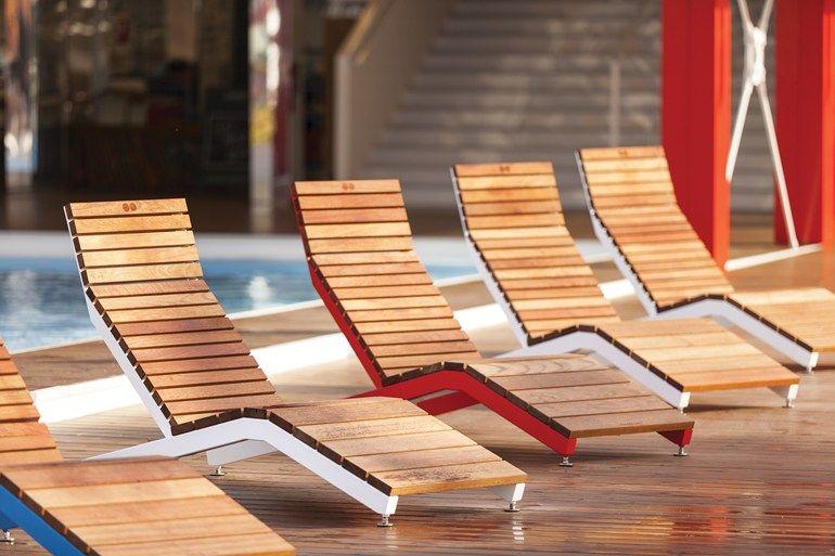 Tumbona De Jardin Silla Para Exteriores En Acero Y Madera Rivage Outdoor Deck Chair Mmcite 1 Tumbonas Reposeras De Madera Madera