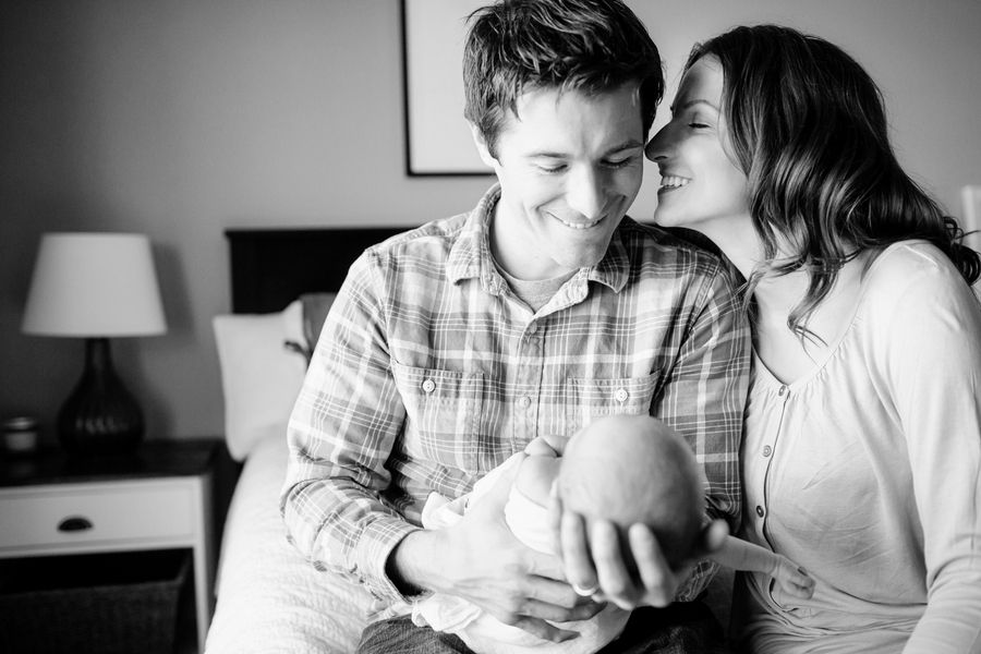 Newborn Lifestyle Photography for Awesome People (7)