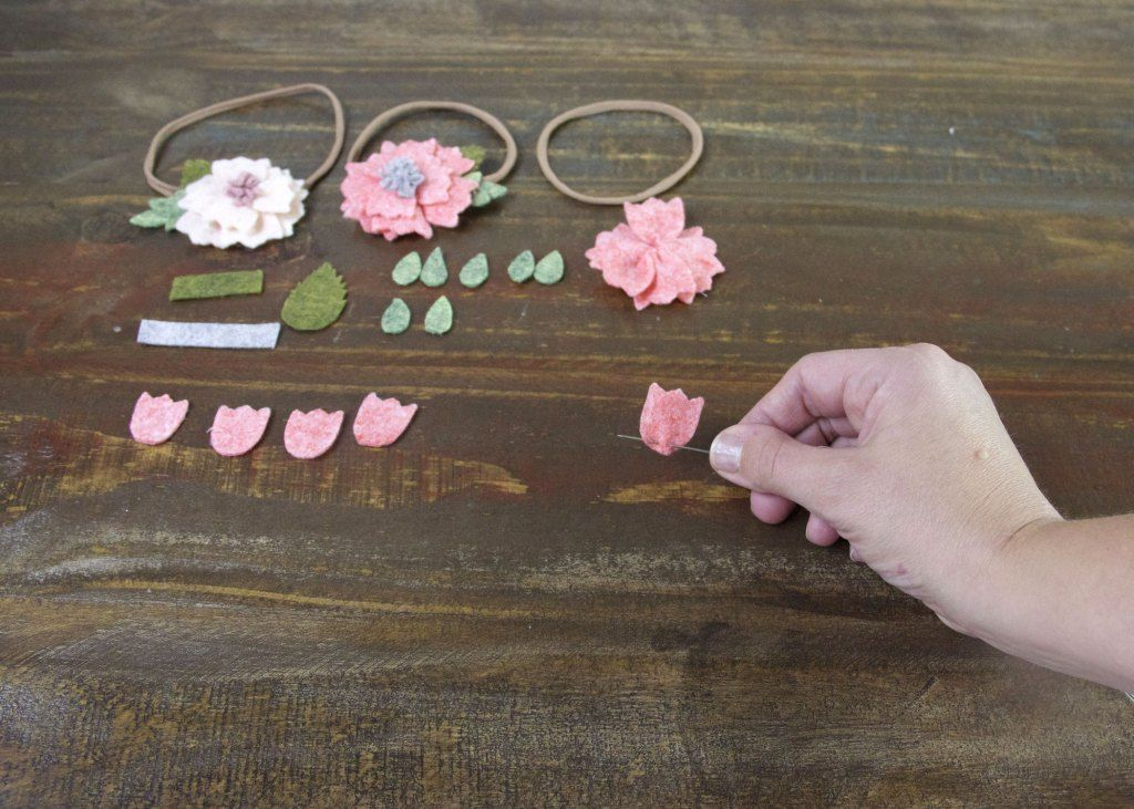 How To Make A Felt Flower Headband » Jessie K Design #feltflowerheadbands How To Make A Felt Flower Headband » Jessie K Design #feltflowerheadbands How To Make A Felt Flower Headband » Jessie K Design #feltflowerheadbands How To Make A Felt Flower Headband » Jessie K Design #feltflowerheadbands