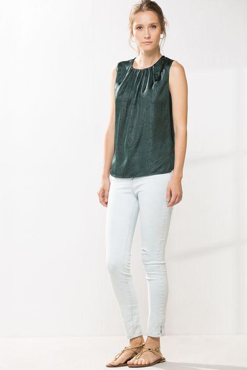 Camiseta Estampado Serpiente Camisetas De Mujer En Cortefiel Ropa Camisetas Estampadas Ropa De Hombre