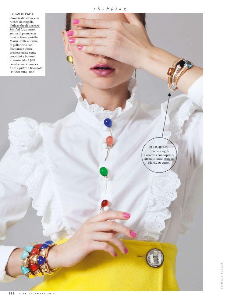 Sto leggendo pagina 318 di Elle Italia - Dicembre 2015