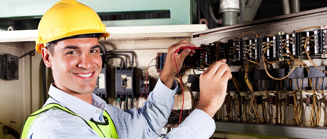 Electrician Jobs In Dubai Salary Electrician Jobs In Uae Companies Electrical Maintenance Job Commercial Electrical Contractors Electricity Handyman Services