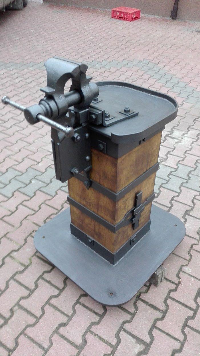 Vice blacksmith blacksmit ku nia kowal pinterest for Muebles de oficina kowal