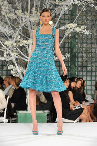 Oscar de la Renta | Resort 2009 Collection | Style.com