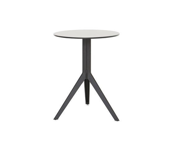 N pedestal table | round top by Tolix | Cafeteria tables