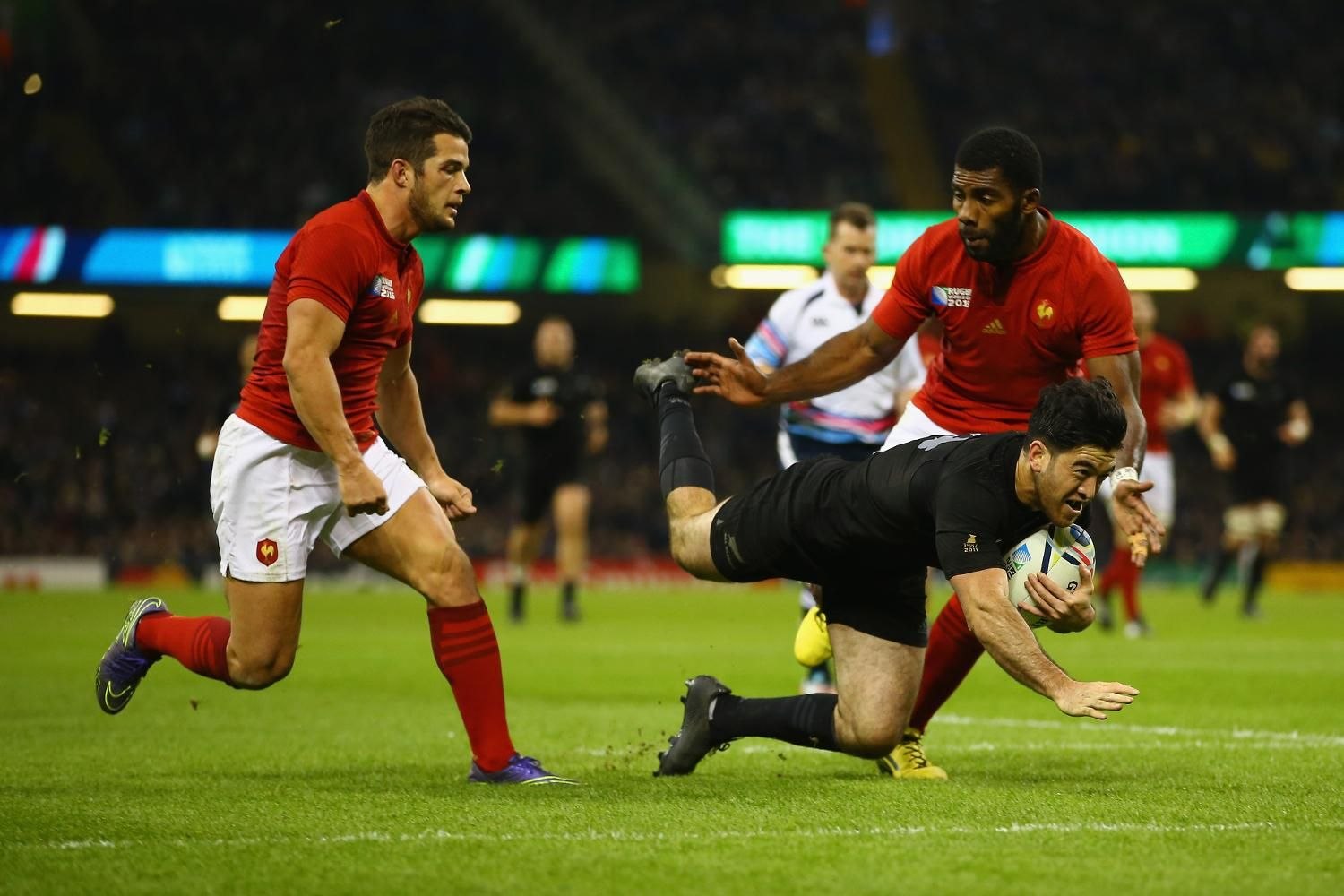Rugby World Cup 2015 Power Play Nehe Milner Skudder Weaves His Way Through The France Defence To Score The All Blacks Second Try