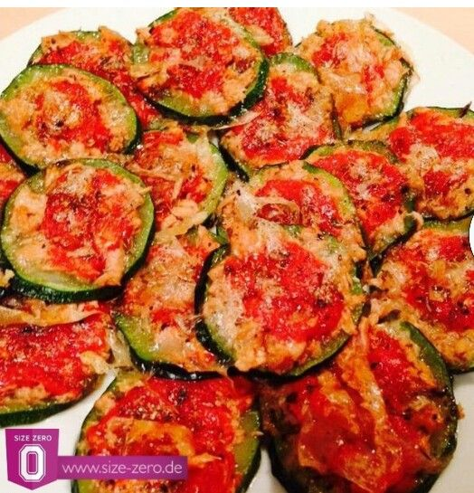 Tunfisch zuccini mini pizzen