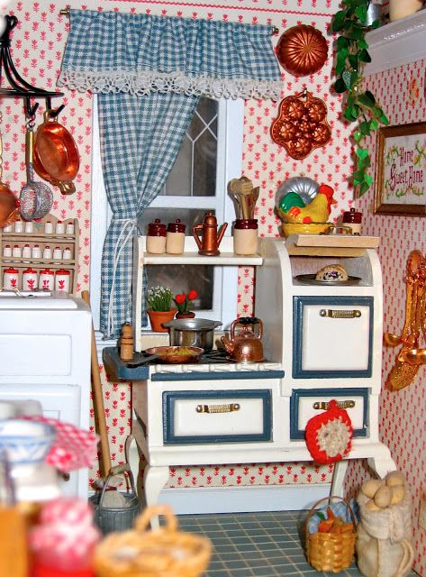 Dollhouse Miniature Kitchen in red and blue. For a full board of Dollhouse Miniature Kitchens pins with 'No Pin Limits',  Click here: https://www.pinterest.com/annesminis/~-dollhouse-kitchens-miniatures-~/