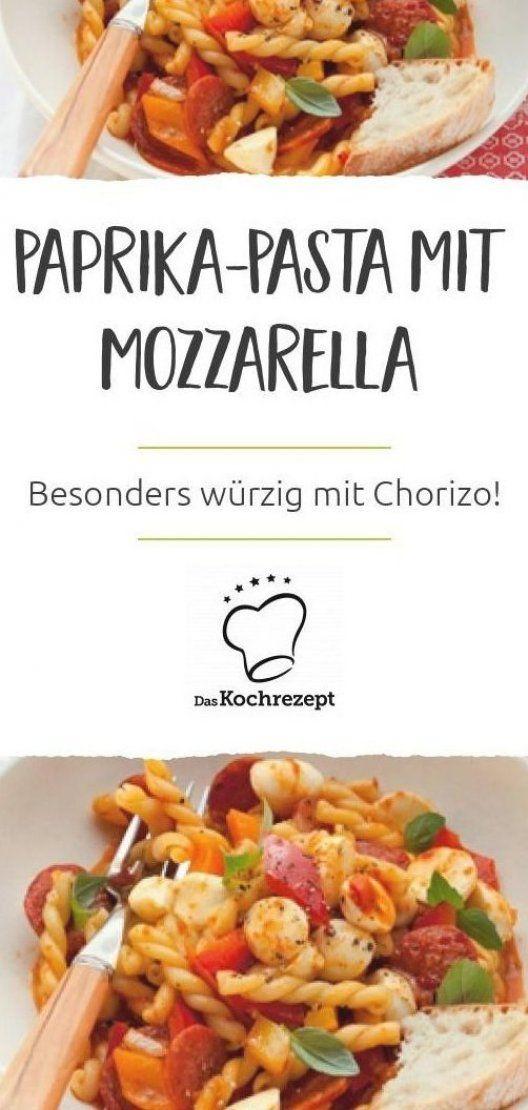 Es gibt Paprika-Pasta mit Mozzarella  Die schmeckt besonders w  rzig  dank leckerer Chorizo-St  ckchen  #pasta #paprika #mozzarella #nudeln #w  rzig #chorizo
