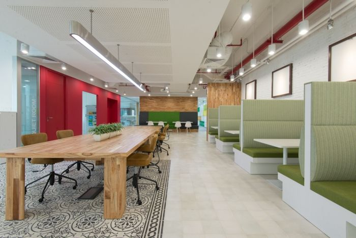 cool offices bp castrol offices in ho chi minh city vietnam interiorarchitecture pinterest ho chi minh city city office and offices bp castrol office design 5