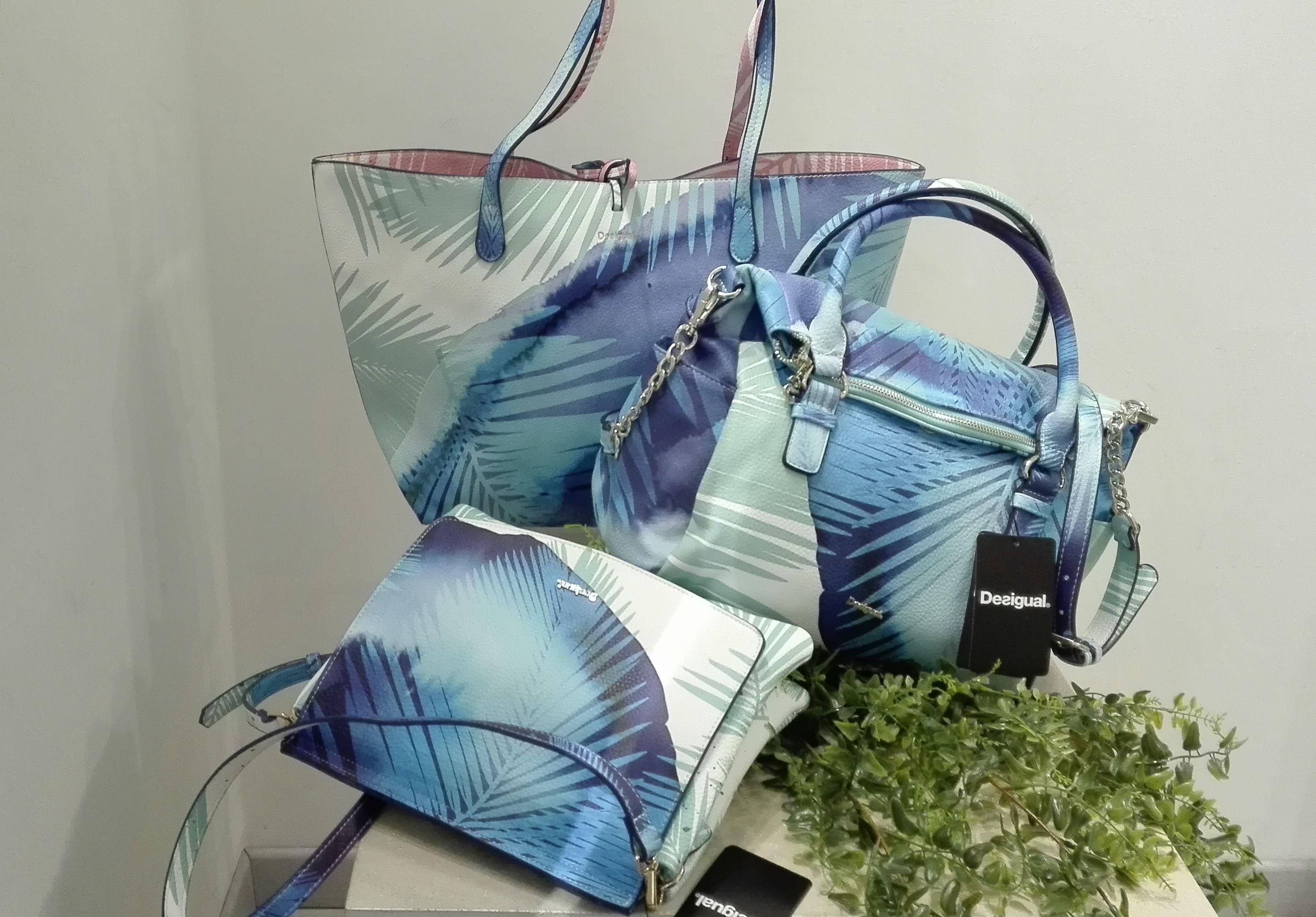c428866d40 DESIGUAL Blue Palms Loverty #everythingbagsthegirl   DESIGUAL   Bags ...