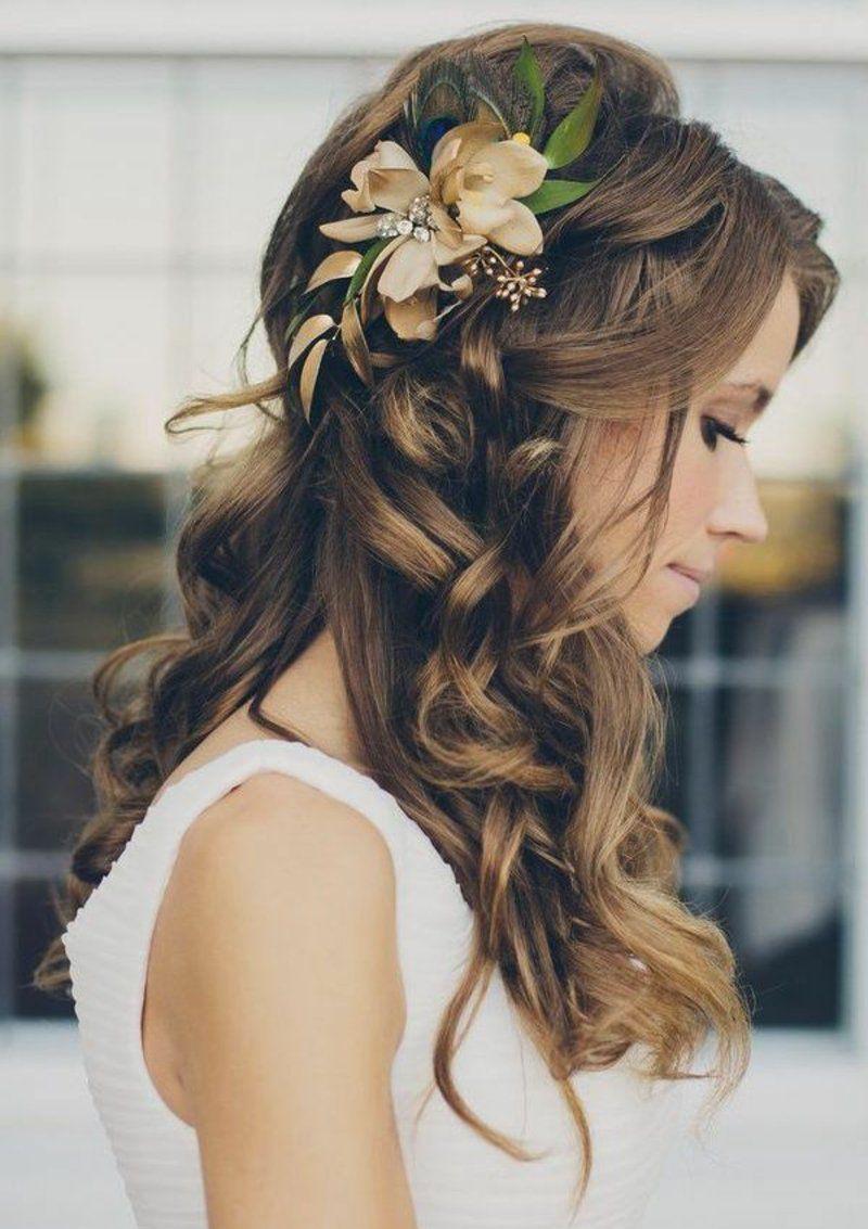 Braut haarschmuck echte blume  Brautfrisuren mittellange Haare Hochzeit Haarschmuck Blumen ...