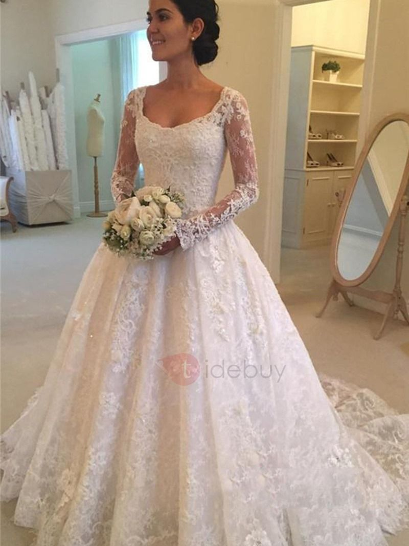 Vintage appliques lace button wedding dress with long sleeves lace