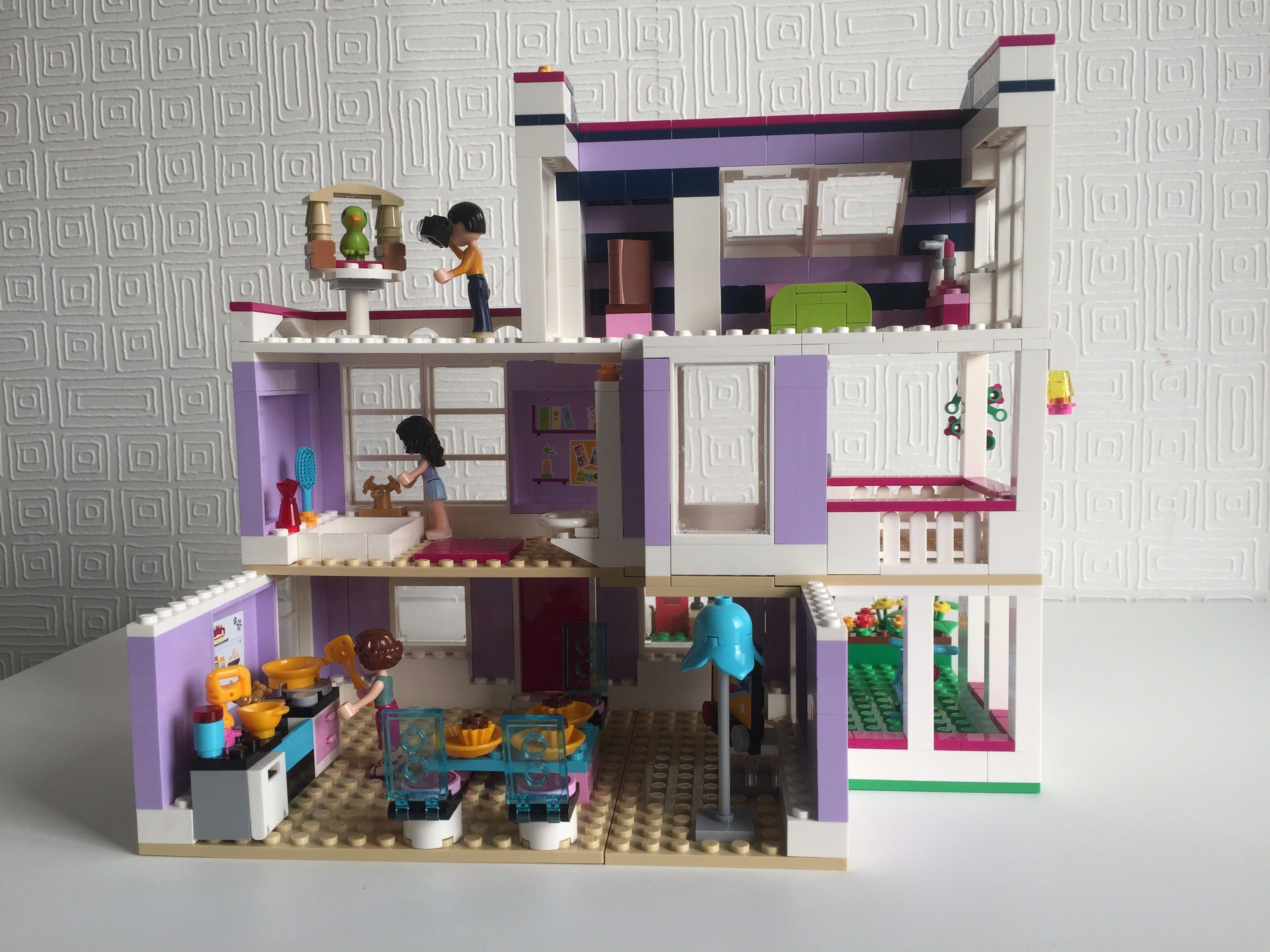 Moc 41095 Emma S House Emma S Huis Lego Friends Alternate Moc Lego Legofriends 41095 Emma Moc Lego Friends Lego Friends Sets Lego Projects
