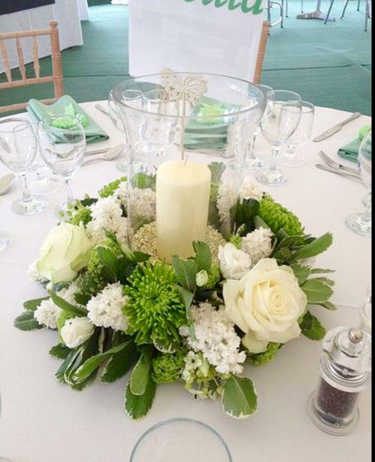 Low Round Table Arrangements Med Bilder Borddekorasjon Bordoppsatser