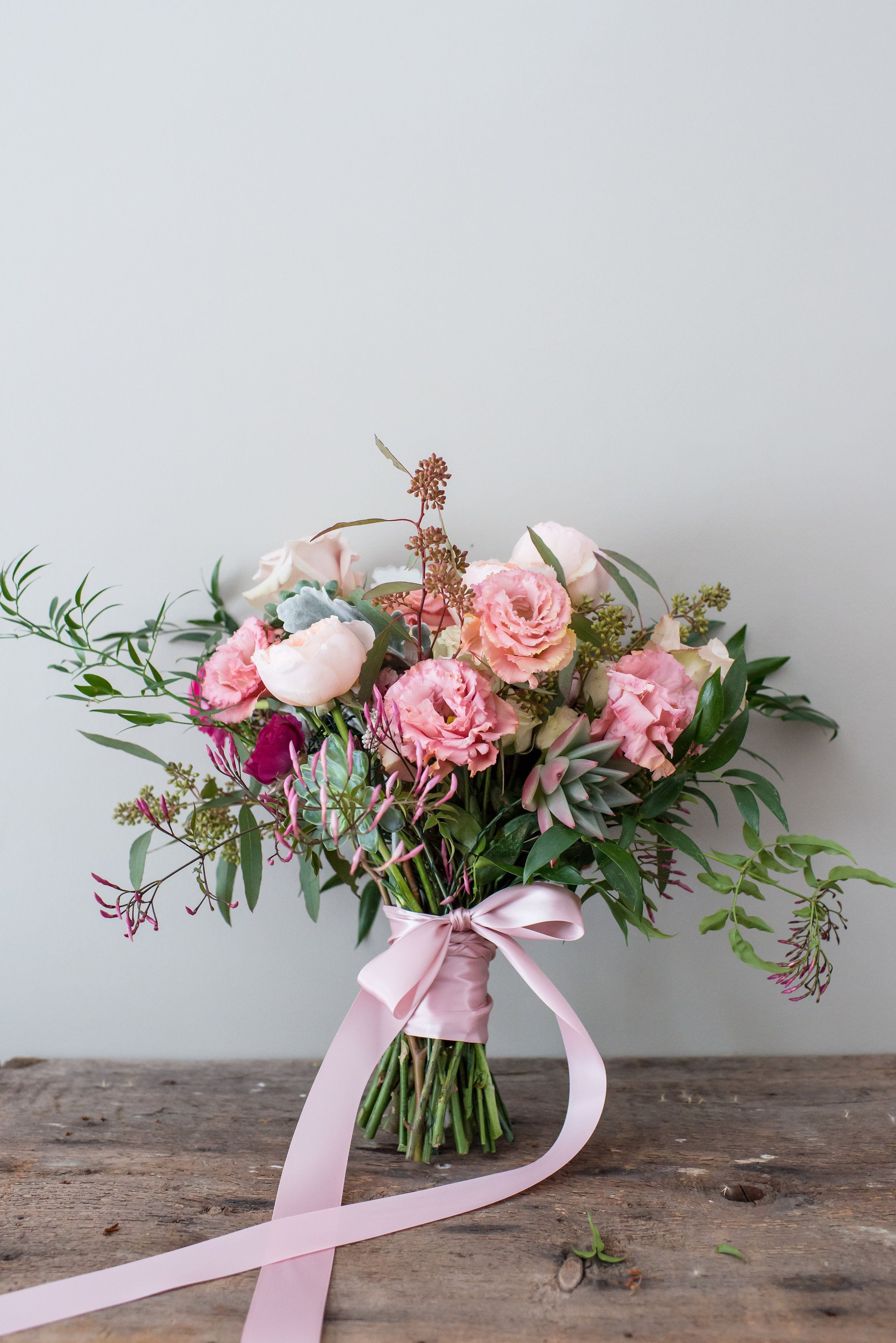 Romantic Garden Style Wedding Bouquet With Blush Peach And Pink Tones Garden Roses Ranu Wedding Bouquets Pink Pink Rose Wedding Bouquet Rose Wedding Bouquet