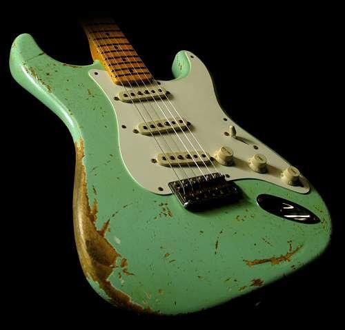 pure vintage surf green strat she 39 s a beauty random in 2019 fender stratocaster guitar. Black Bedroom Furniture Sets. Home Design Ideas