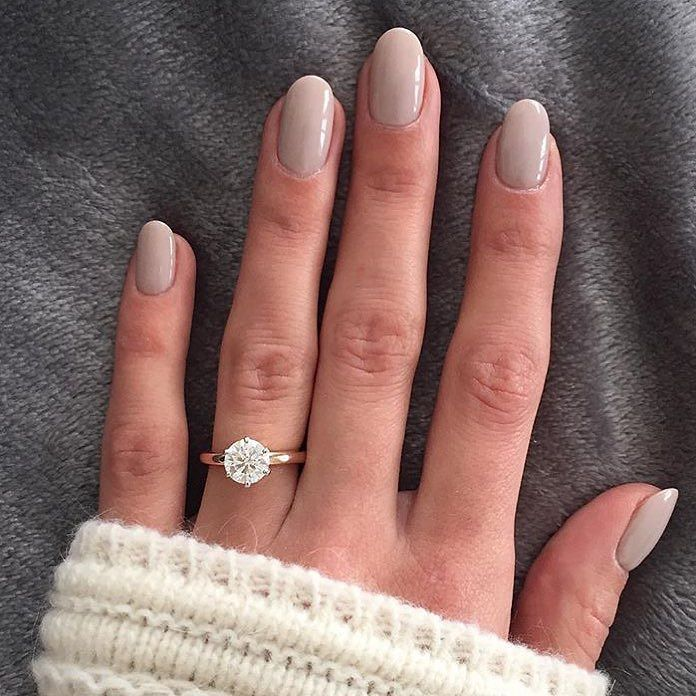 Natural Looking Oval Acrylic Nails Rounding The Night Out With A Gorge Smpringselfie From Moniquestephaniec Engagementring By Smpweddings