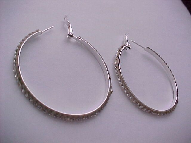 I'm auctioning '3.00ctw cubic zirconia hoops' on #tophatter