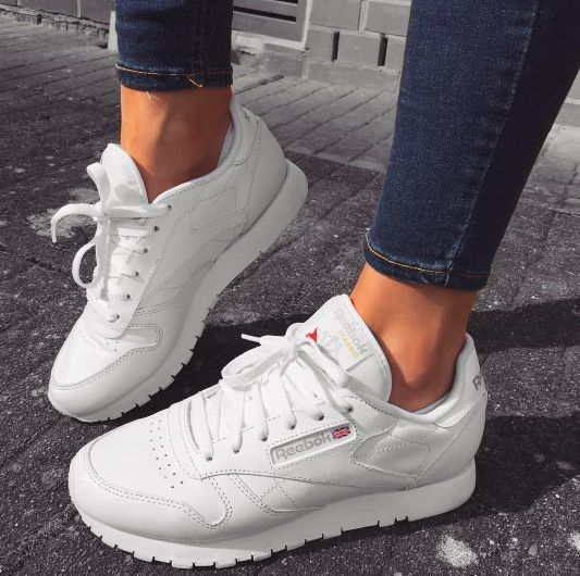 a2faf8c3137b 43 White Shoes For College | Woman Shoes Fashion | Shoes, Sneakers ...