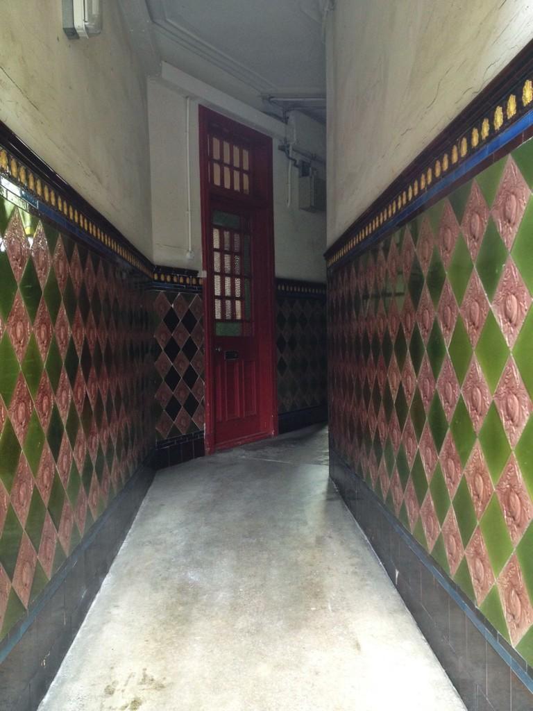 Tenement Tiles On Ceramic Tiles Glasgow Scotland