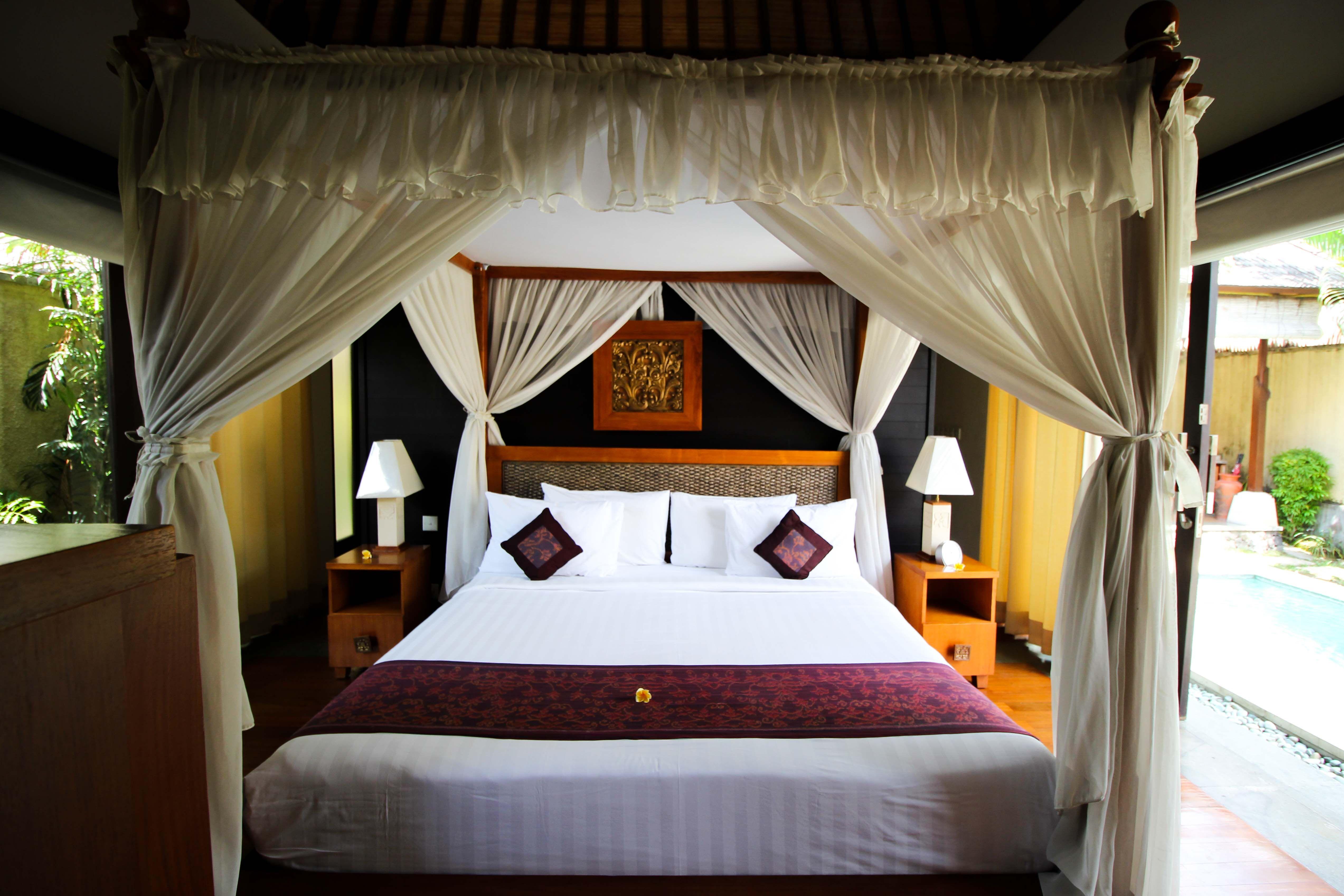 The Sanyas Suite Seminyak, Bali Schlafzimmer, Bali und