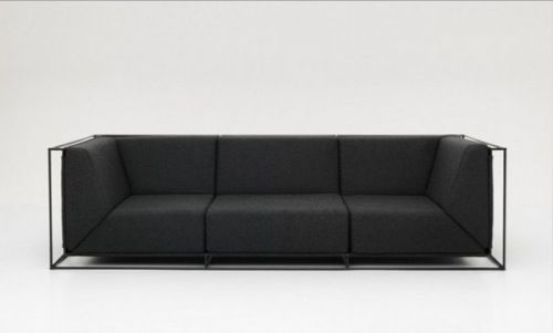Charmant As Simple As It Gets: 10 Minimalist Couches