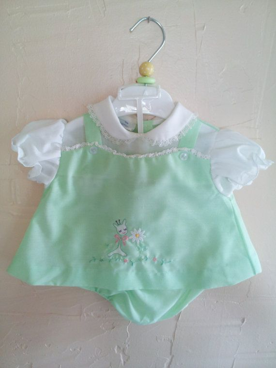 Mint Green Vintage Giraffe and Daisy Embroidered by rockpapermagic, $18.00