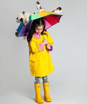 """Halloween costume..Oh, how easy this would be! I love the """"raining cats and dogs"""" idea..."""