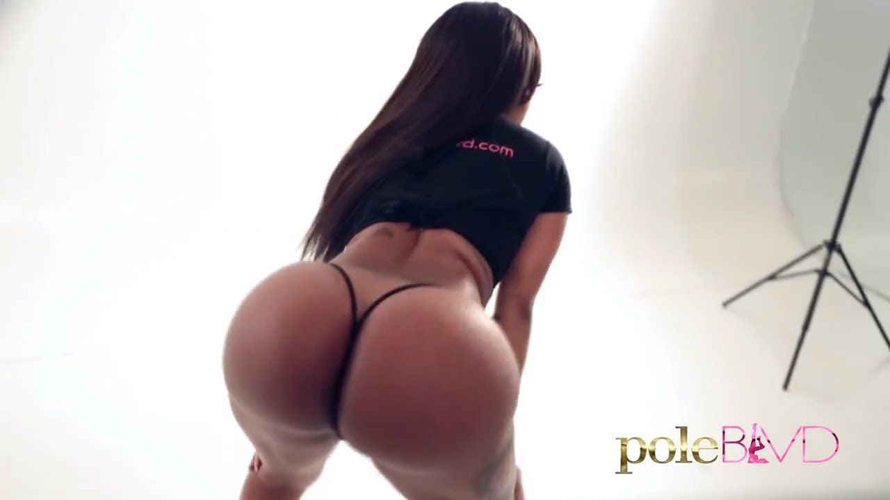 Butterflymodels Booty Call 2014 May Edition