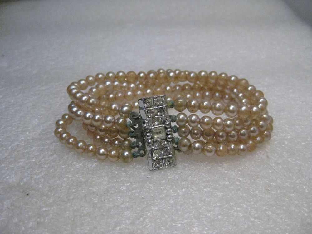 7.5 Pearl Bracelet made in Japan Hand Knotted Vintage Double Strand