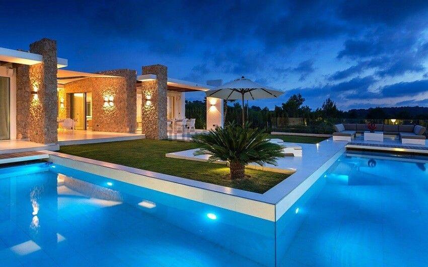 Casa minimalista con piscina casas casas modernas for Casa minimalista con alberca