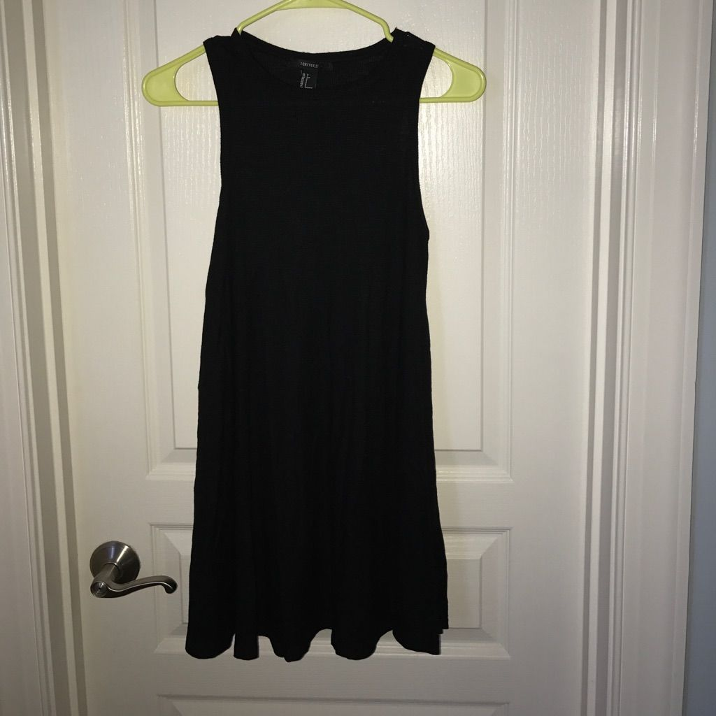 Black flowy dress size small products